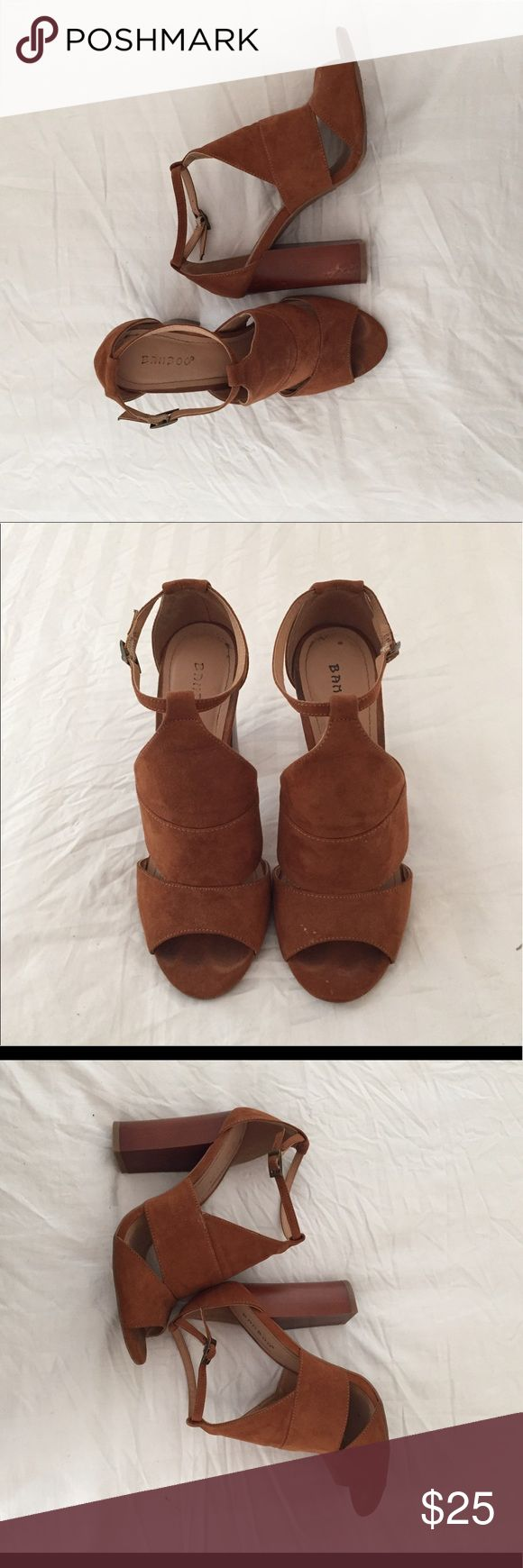 """The perfect summer heel 4"""" heel with open toes - lightly worn - suede material - size 8.5 - fits wide feet!! - perfect for spring summer AND fall 😉 Shoes Heels"""