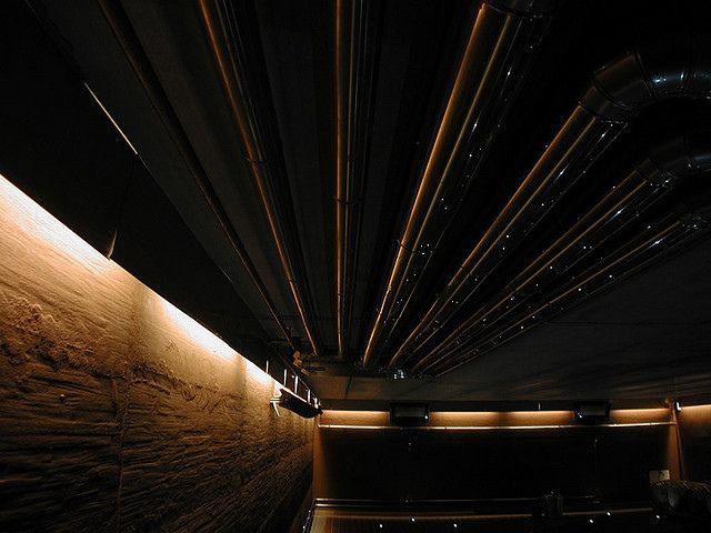 CASA VINICOLA MONTAIA, progetto distributivo ed estetico realizzato per Masimo Golinelli, nella foto La Barricaia /-/- design by LAURO GHEDINI & PARTNERS  architecture & design studio