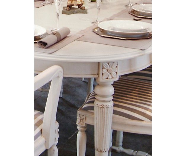 Table in Gustavian style (item no: 4821). Visit our homepage for more information and to view all your finish & fabric options. /SWSCd