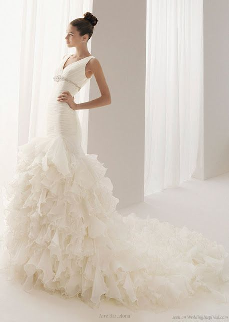 AIRE BARCELONA WEDDING GOWNS: 2011 COLLECTIONS