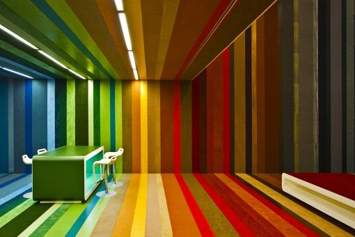 Don't wear your striped shirt to this one!: Colors Everywhere, Paintings Colors, Colors Schemes, Colors Texture Pttrn
