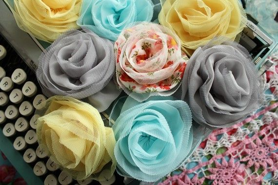 pretty tulle flowers: Chiffon Flowers, Bridesmaid Hair Flowing, Crafts Flowers For Headbands, Tulle Rose, Floral Headbands, Bridesmaid Hair Flowers, Tulle Flowers, Tulle Crafts, Fabrics Flowers