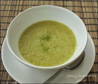 Jeanys cooking: koolrabi - selderie soep (Dutch).