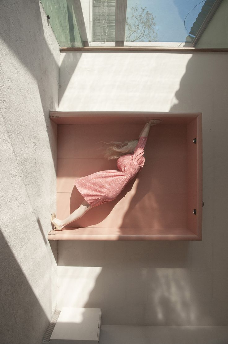 «Alternative Perspectives» Series by Cristina Coral – Fubiz Media