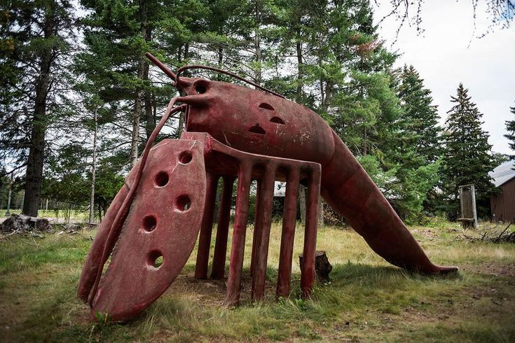 Concrete (ouch!) Lobster Slide at New Brunswick's Abandoned Animaland...