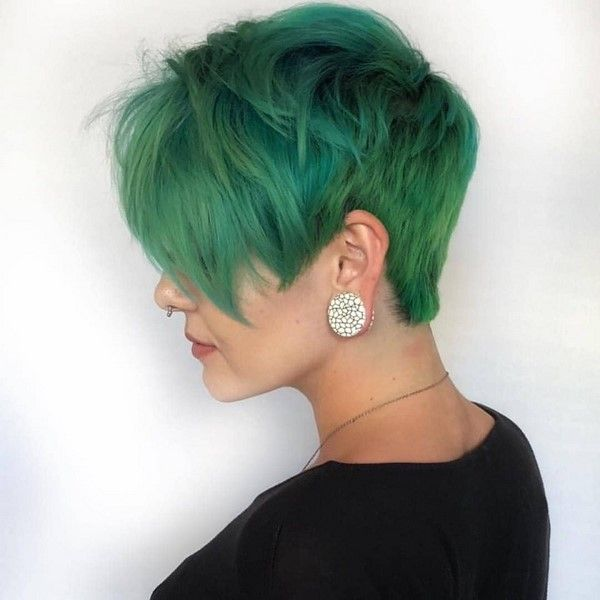 15 Best Pixie Hair Color Ideas For 2020 2 #hairstyles #hair #pixiehair #pixie2020 #hairstyles2020