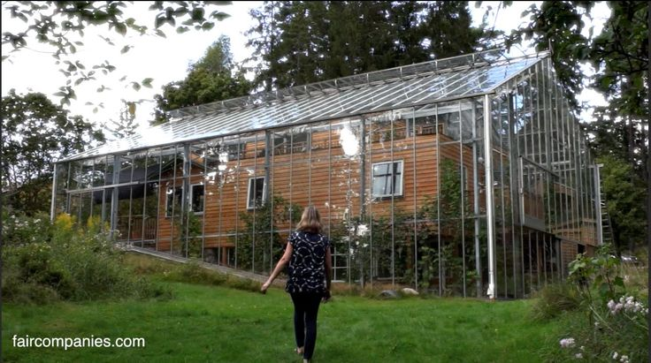 Sweden: Family designs greenhouse to wrap around home and warm it naturally http://www.hortidaily.com/article/22194/Sweden-Family-designs-greenhouse-to-wrap-around-home-and-warm-it-naturally