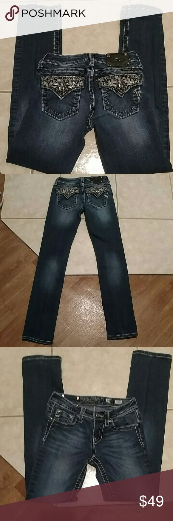 Girls miss me jeans Stunning girls size 14 miss me jeans in perfect condition. Skinny cut with a inseam of 30 inches. Rise is 7 inches and waist flat measures 13 inches. These would probably fit a woman's size 23 as well. 98% cotton 2% elastane Miss Me Bottoms Jeans