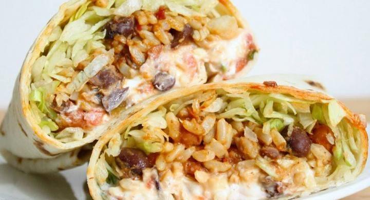 Μεξικάνικο αγάπη μου! Συνταγή για μπουρίτος με φασόλια και ρύζι | Reader.gr