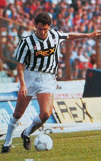 Aldo Firicano in azione all'Udinese nella stagione 1987-1988