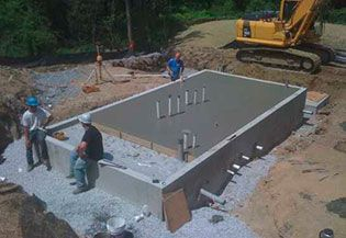 One of the most widely used concrete foundations is the slab-on-grade foundations. It is often used in areas where ground does not freeze and thus T-shape concrete foundation is not in need. In slab-on-grade foundations, the slab made as single layer of several inch-thick concrete.