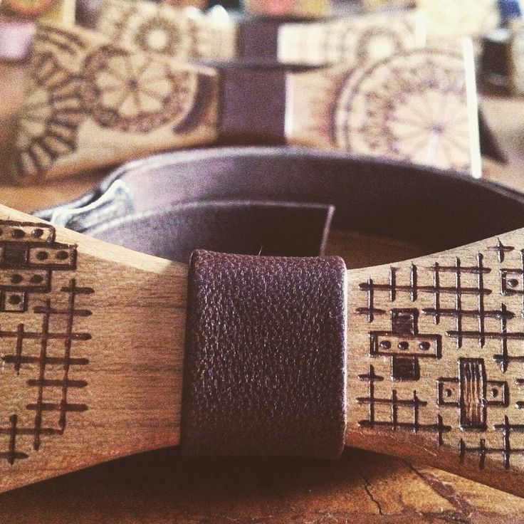 Wooden bow ties by Guerdoo Design.