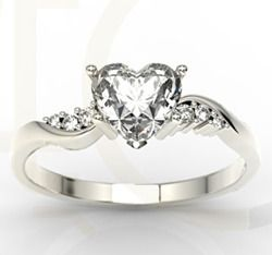 Pierścionek z białego złota z topazem Swarovski White i cyrkoniami / Ring made from white gold with Swarowvski's topaz and zircons / 746 PLN/ #jewellery #ring #gold #heart #zircons #Swarovski
