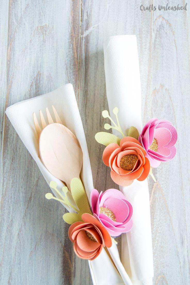 Paper Flower DIY Napkin Ring Tutorial| Flores de papel para adornar cualquier cosa!!!