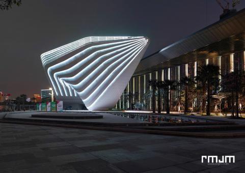 Zhuhai Shizimen Business Cluster & Convention Centre - By night  | RMJM