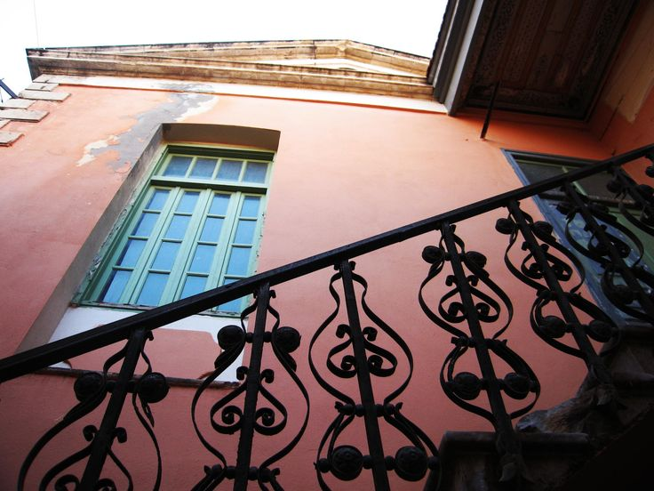 old house in Rethymno by Maria  Vincentios on 500px