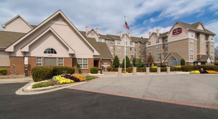 Residence Inn by Marriott Charlotte Piper Glen Pineville This all-suite hotel in Charlotte, North Carolina is just off Interstate 485. The hotel offers a daily hot breakfast, an outdoor swimming pool and free Wi-Fi.