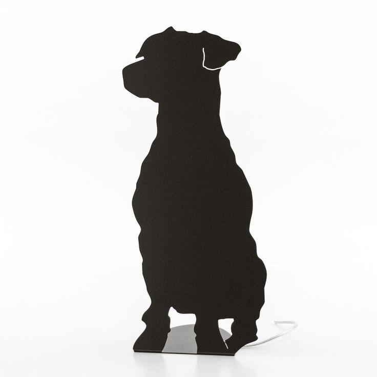 Articolo: SHAPESEDUTABLACDivertente lampada da terra realizzata in acciaio verniciato in polvere nero opaco. Il design originaledi questo prodotto regala una luce bendistribuita. L'essenzialità del colore rende elegante questo prodotto conferendogli comunque un ruolo da protagonista.Con la simpatica forma di un cane, Fraumaier ha voluto creare un prodotto originale e divertente. LaLampada Seduta! Shape frauMaier da terrasi adatta a qualsiasi ambiente della casa: per la zona living, lo…