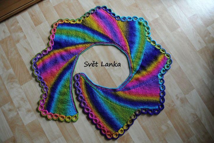 Šátek pletený zkrácenými řadami