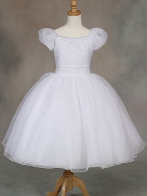 Beautiful First Communion Dresses - not available in Kansas :(