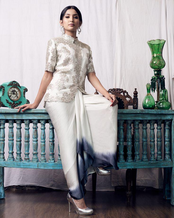 Indian women fashion. Photo by Irfan Intekhab