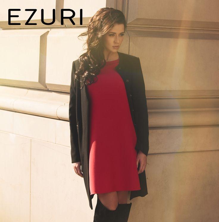 #EzuriPL #moda #fashion #glamour #beauty #women #kobieta #outfit #chic #style #reddress #coat