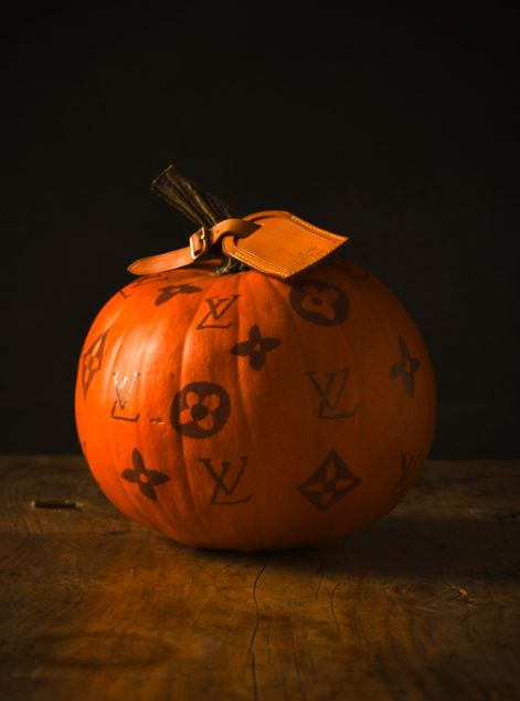 LV: Louisvuitton, Food Style, Louis Vuitton, Halloween Pumpkin, Vuitton Pumpkin, Diy Gifts, Sweet Paul, Pumpkin Design, Happy Halloween