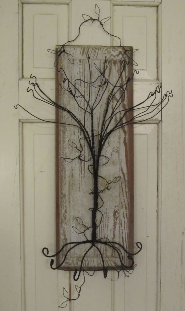 spooky wire tree: Wire Jewelry, Primitive Jewelry, Crafts Wire, Wire Trees, Craft Ideas, Jewelry Tree, Crafty Ideas