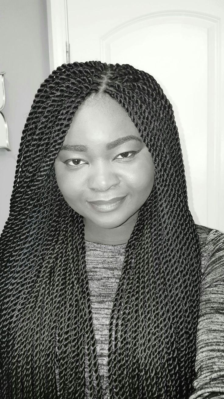 Senegalese twist braids #protectivestyles #beautiful #hairdo #africanstyle #braids #senegalesetwist #clean #africanhair #xpressions