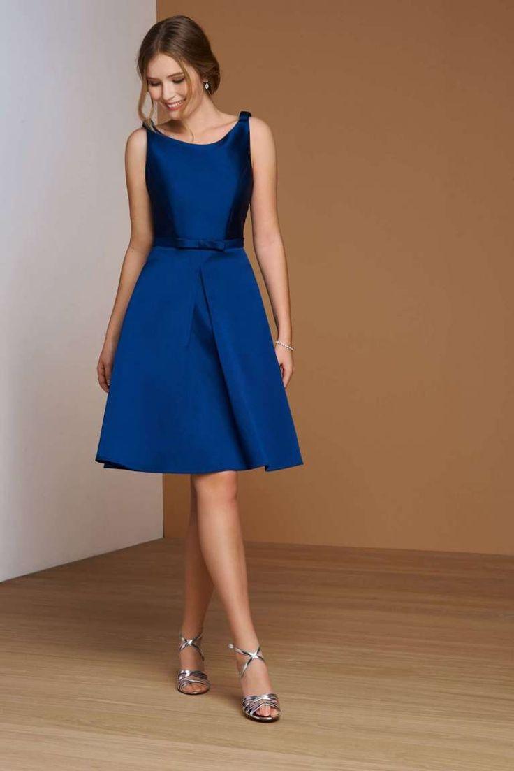 Abito in mikado Atelier Emè - Modello blu con scollo a barchetta fra gli abiti da damigella 2016