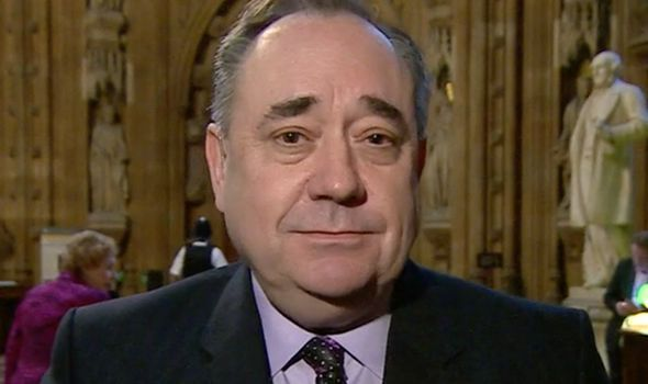 'The British Empire is OVER' Alex Salmond's new warning to PM as Holyrood backs referendum - https://newsexplored.co.uk/the-british-empire-is-over-alex-salmonds-new-warning-to-pm-as-holyrood-backs-referendum/