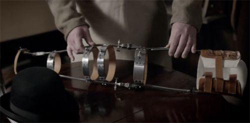 Bate's bloody awful leg brace on Downton Abbey Season 1 Episode 3