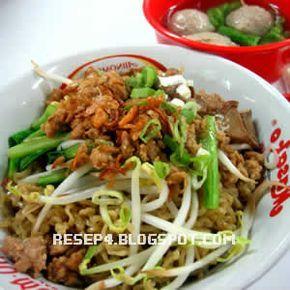 Resep Mie Ayam Bangka - http://resep4.blogspot.com/2013/06/resep-mie-ayam-bangka-asli.html