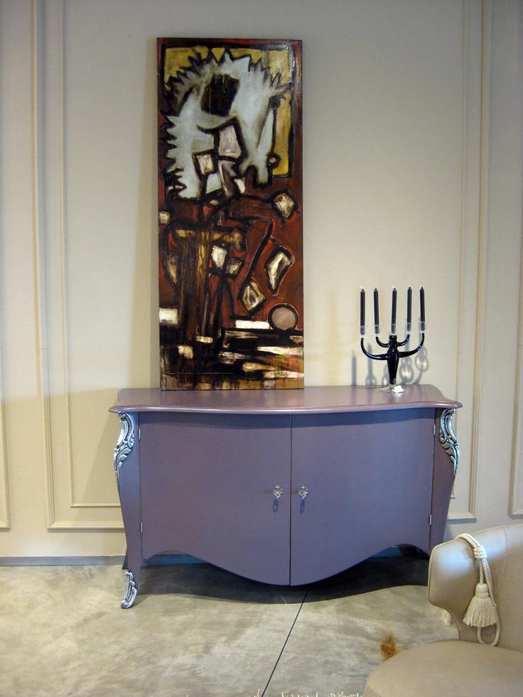 LUCIANO ZONTA    Credenza Vintage laccato prugna Versilia antiquariato effetto anticato con particolari in platinum silver. Larghezza 161 cm.  Prezzo listino € 3.047,00  Prezzo offerta € 2.000,00 DEVINCENTI MULTILIVING Via Casaloldo, 2 46040 Piubega Mantova 0376 65530 #design #mantua #devincenti #multiliving #arredamento #showroom #mantova #furniture #piubega
