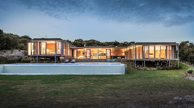 Australian Farm House Inspired Home http://designyoutrust.com/2013/02/australian-farm-house-inspired-home/