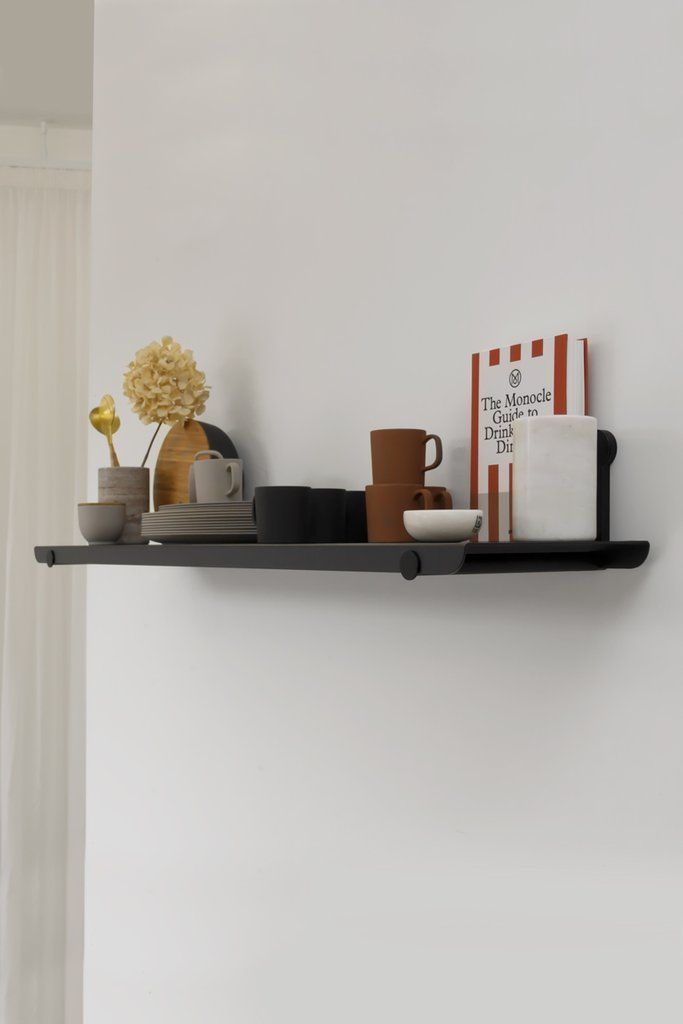KIN1 The KIN 1 is the single shelf option and is available in 2 widths; 800mm and 1400mm. KIN SHELVING SYSTEM A sleek and modern modular shelving system is desi