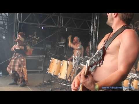 Saor Patrol 1 in Rastede am 17.05.2015 - YouTube