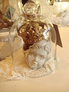 inspirationBelle Jars, Crowns, Cloche Decor, Glasses Dome, Cloche Display, French Antiques, Apothecaries Jars, Shabby Cottage, Cloche Encounter