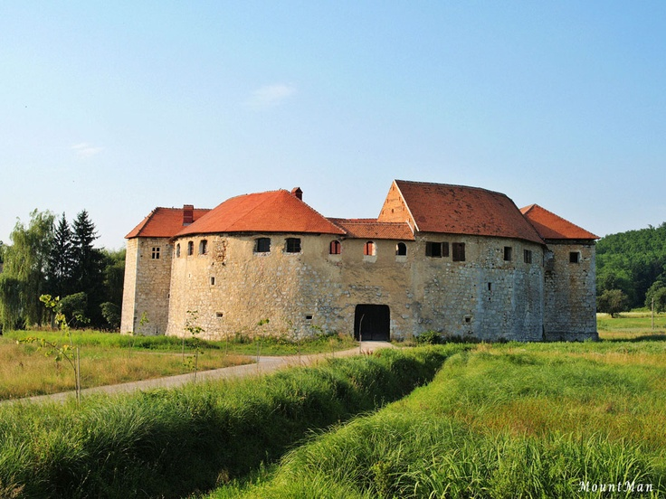 Ribnik, old castle near Karlovac, Croatia