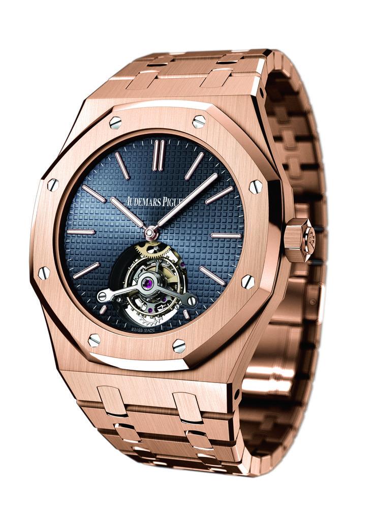 #TiempoPeyrelongue Con su complejo movimiento y sus delicados acabados artesanales, el tourbillon extraplano concentra todo el saber hacer relojero de la manufactura. Audemars Piguet