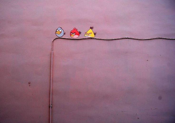 street art by Alexey Menschikov http://restreet.altervista.org/alexey-menschikov-rallegra-i-percorsi-cittadini-2/