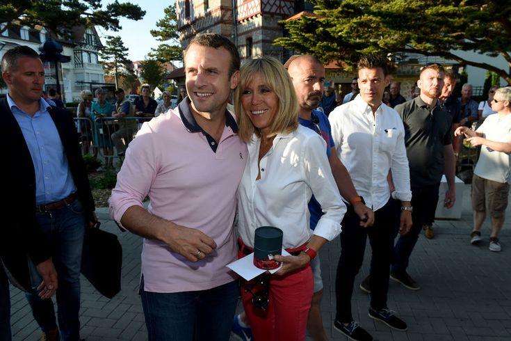 Samedi au Touquet, le couple présidentiel a fait une nouvelle sortie à vélo très remarquée. Dans la journée, Emmanuel Macron est allé jouer au tennis,...