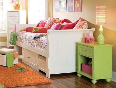 Love this bed for a child!