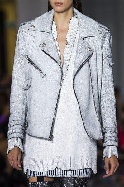 Balmain At Paris Fashion Week Spring 2019 In 2019 Spring 2019
