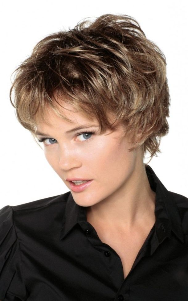 154 best images about COIFFURES COURTES on Pinterest | Coiffures, Short hair styles and Coupes ...