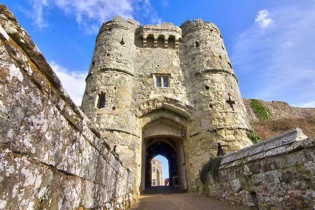 Carisbrooke Castle 040213