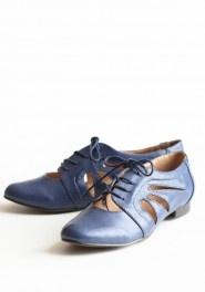 birmingham cut out oxfords by Chelsea Crew-funk: Cutouts, Blue Oxfords, Oxford Shoes, Cute Shoes, Style, Shoes Birmingham Cut, Blue Shoes, Cut Outs, Chelsea Crew
