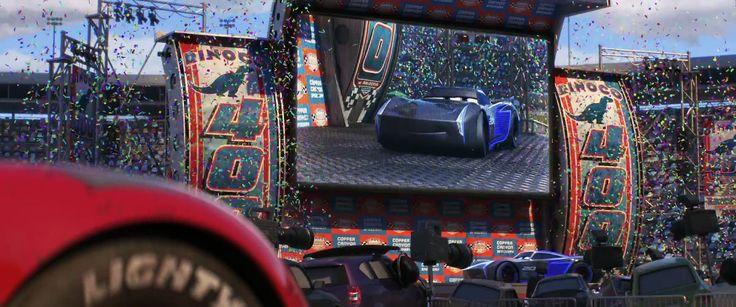 カーズ・クロスロード最悪の悪役(?)ジャクソン・ストーム メカーズクロスロードの悪役、ゲータの原点 ガソリンを使わない(?)最新ハイテクレースカー