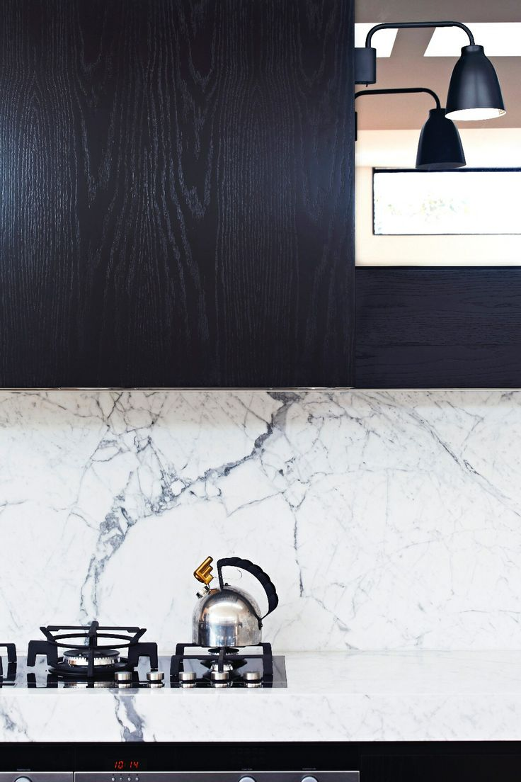 Marble and Japan Black cabinetry