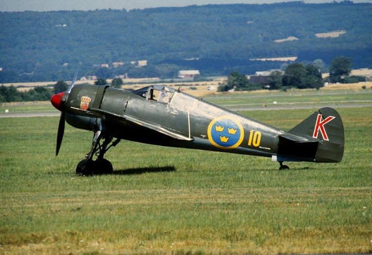 The FFVS J 22 was a single-engine fighter aircraft developed for the Swedish Air Force during World War II.  I see a resemblance to the mighty Fw-190